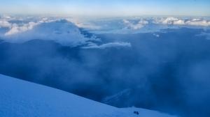厄瓜多最高峰欽伯拉索山(6310m)攀登