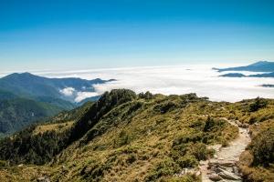 嘉明湖步道的雲海