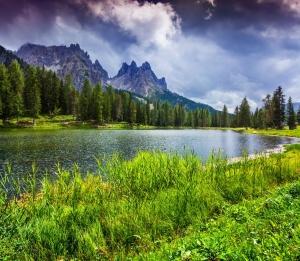 【書摘】《明天到阿爾卑斯山散步吧》-健行第一天,三煙囪山