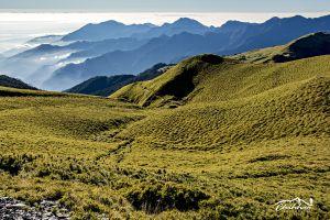 看見百岳之美-我の草原之歌