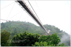嘉義梅山太平雲梯吊橋及夜景