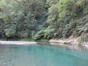 台灣亞馬遜~哈盆越嶺古道