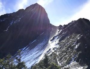 【新聞】玉山步道殘雪溼滑!提醒山友注意安全!!