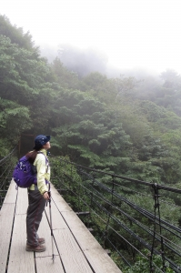 【步道小旅行】登山新手之能高越13K.奇萊南峰日出雲海