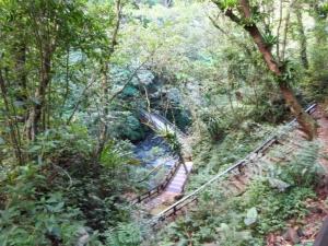 拉卡山_滿月圓瀑布