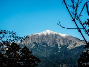 三月雪的南湖大山