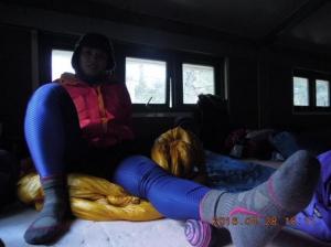 【健行學堂】健行笑膝膝:筋膜放鬆(一)在山屋享受按摩