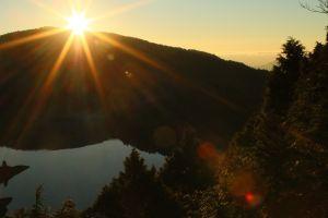翠峰湖觀景台的日出
