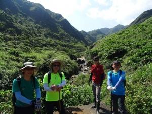 【春夏之際】山林秘境:鉅齒稜大峭壁、瑞芳的錐麓古道、小鬼瀑布
