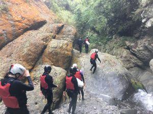 五峰雙龍瀑布探險