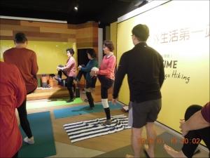 【健行學堂】健行笑膝膝的第一堂課:檢查你的動作與姿勢