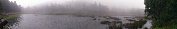 煙雨朦朧夢幻湖