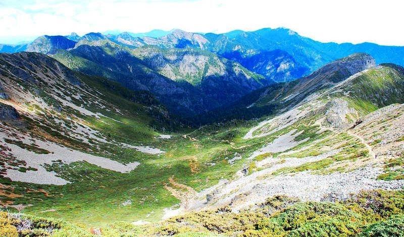 雪山主東峰步道
